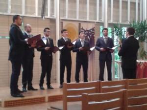 """""""Teodoxa"""" - Konzert mit Orthodoxen Gesängen und rumänischen Volksliedern Chor der Theologiestudenten aus Tomis am Schwarzen Meer 45 BesucherInnen"""